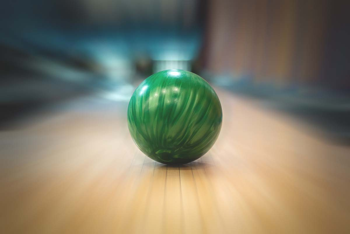 Choosing the right bowling ball